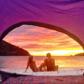 tent sunrise island